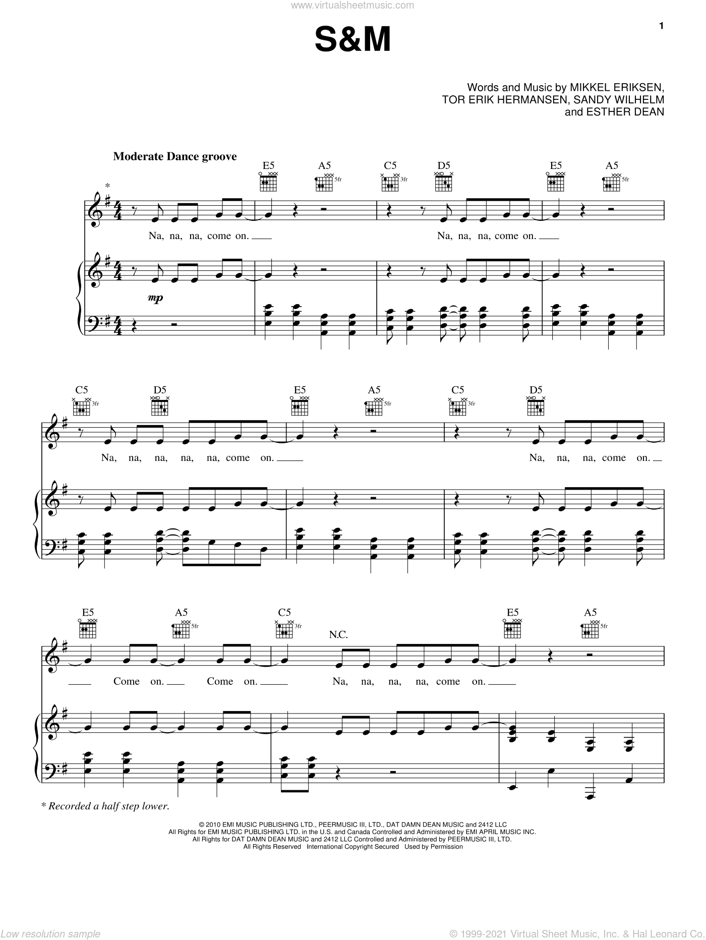 S&M sheet music for voice, piano or guitar by Rihanna, Ester Dean, Mikkel Eriksen, Sandy Wilhelm and Tor Erik Hermansen, intermediate skill level