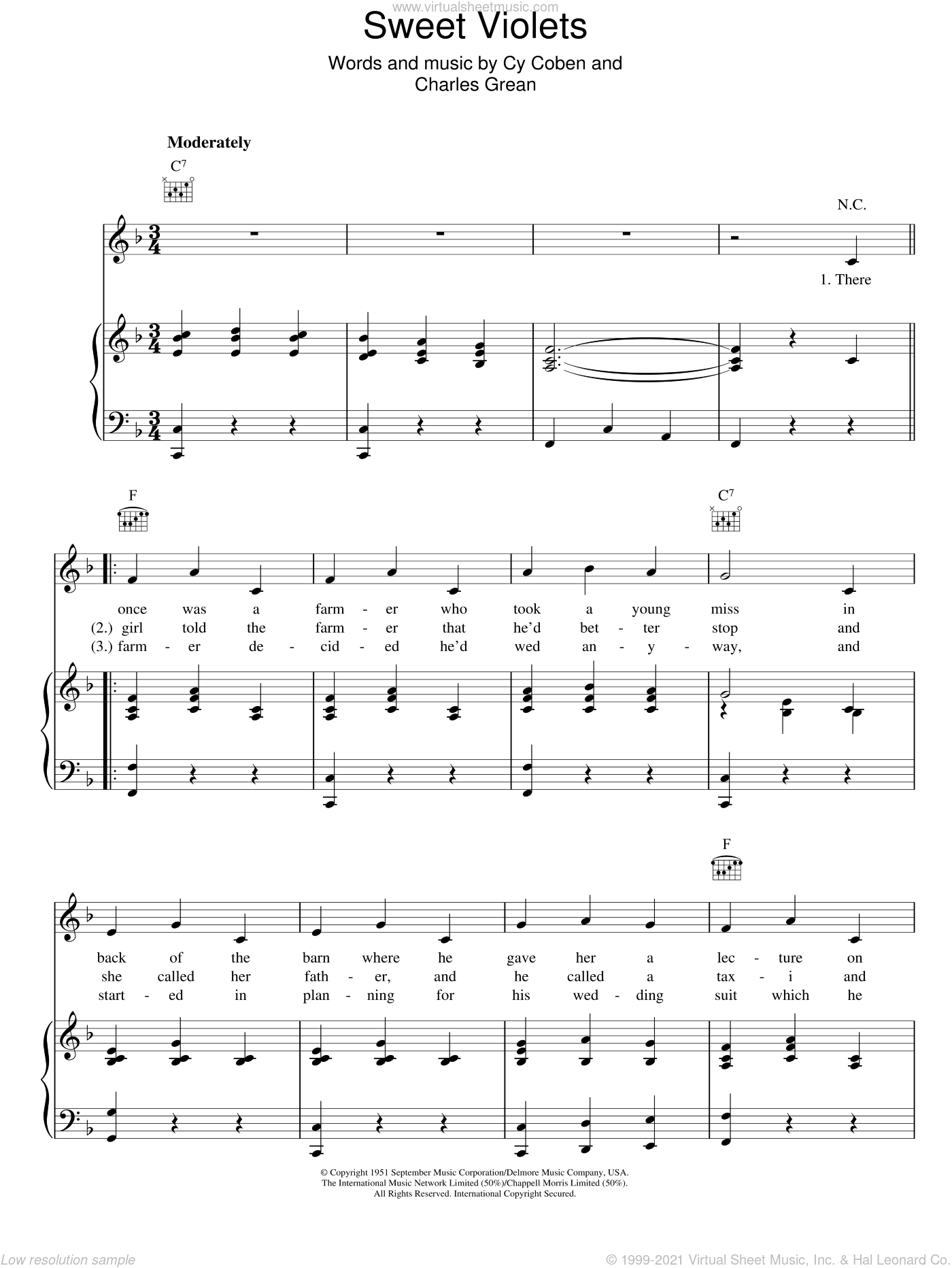 Sweet Violets sheet music for voice, piano or guitar by Cy Coben and Charles Grean, intermediate. Score Image Preview.