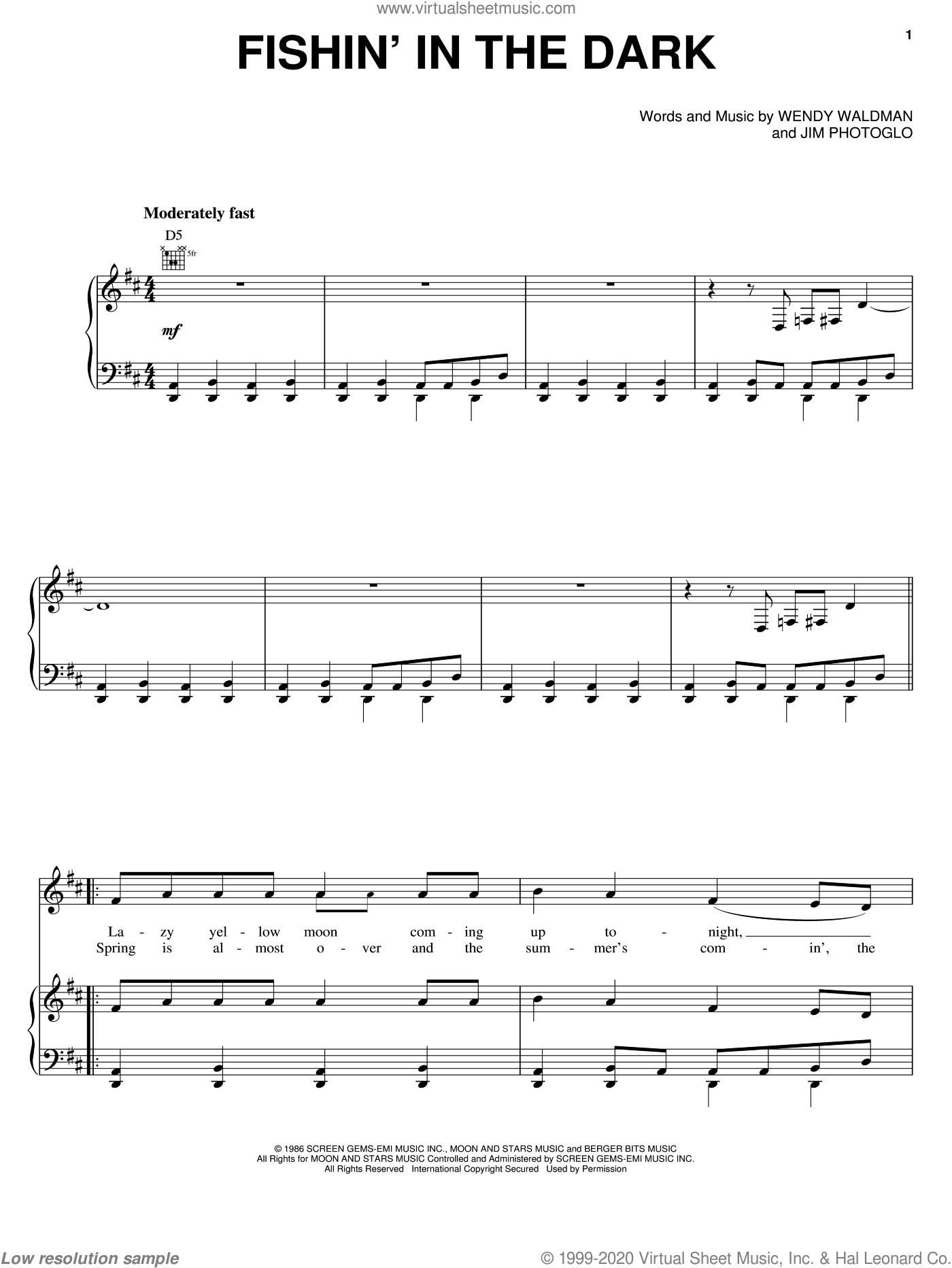 Fishin' In The Dark sheet music for voice, piano or guitar by Nitty Gritty Dirt Band, Jim Photoglo and Wendy Waldman, intermediate skill level