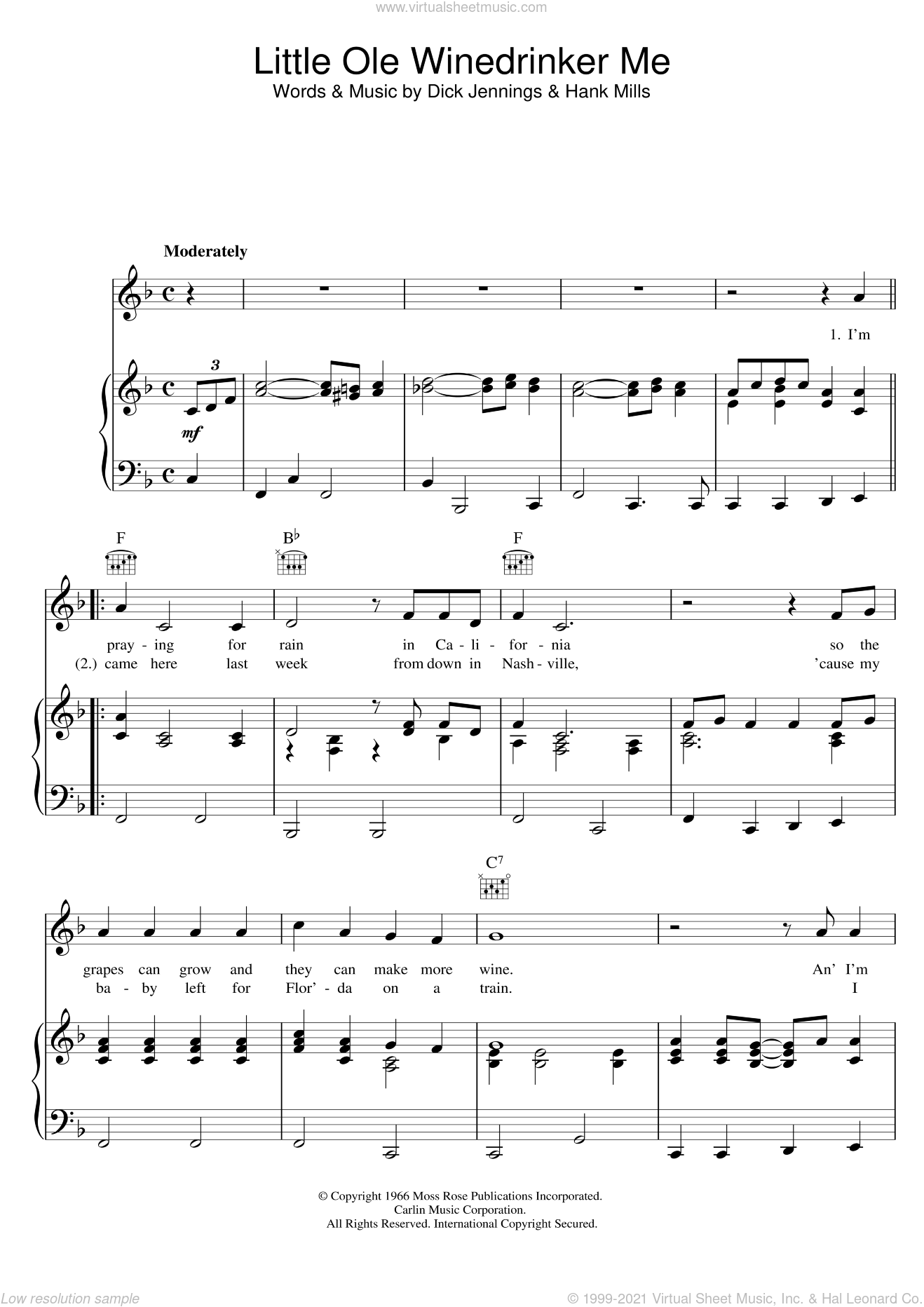 Little Ole Winedrinker Me sheet music for voice, piano or guitar by Dean Martin, Dick Jennings and Hank Mills, intermediate skill level
