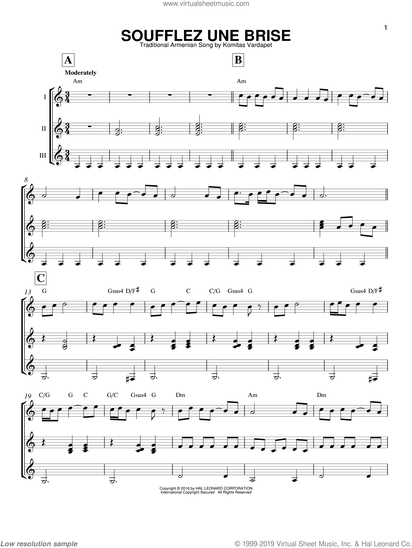 Soufflez Une Brise sheet music for guitar ensemble by Traditional Armenian Song and Komitas Verdapet, intermediate skill level