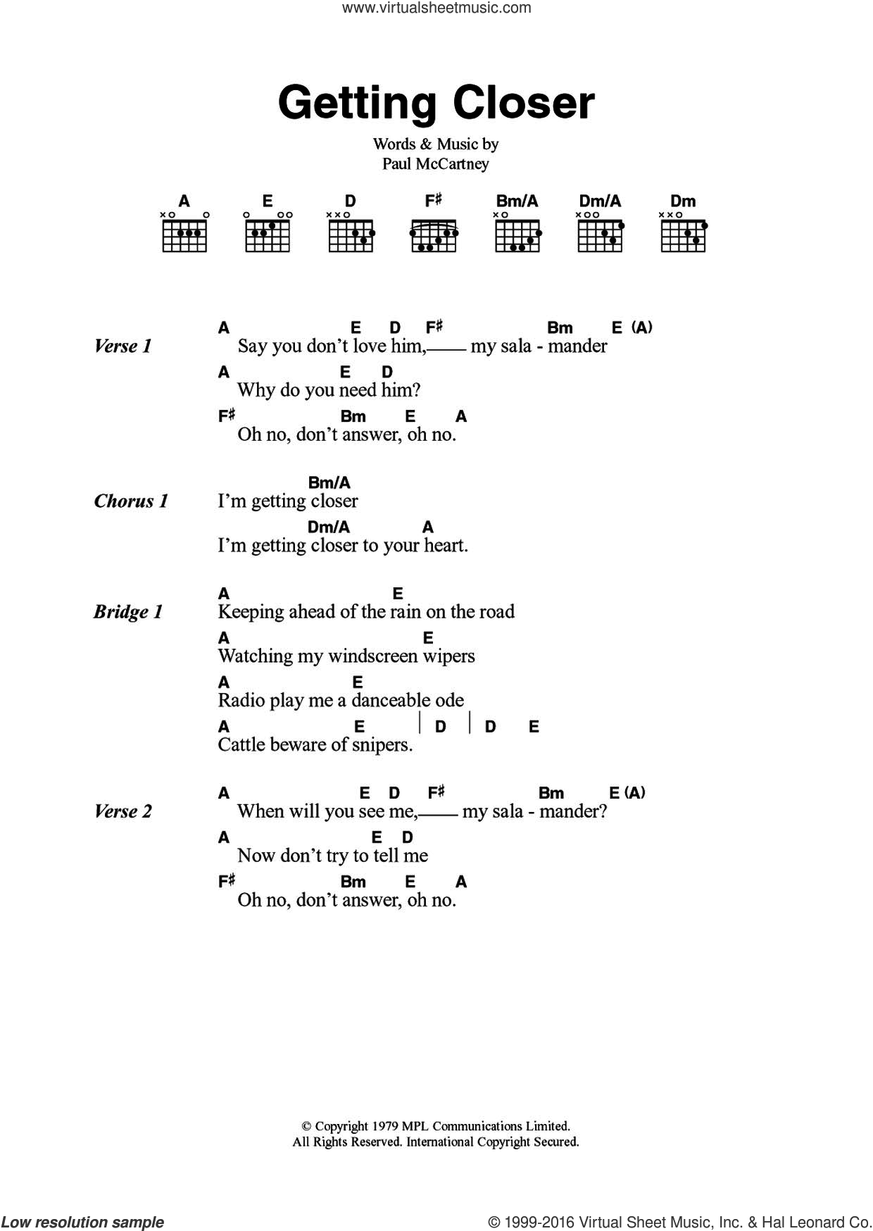 Getting Closer sheet music for guitar (chords) by Wings and Paul McCartney. Score Image Preview.