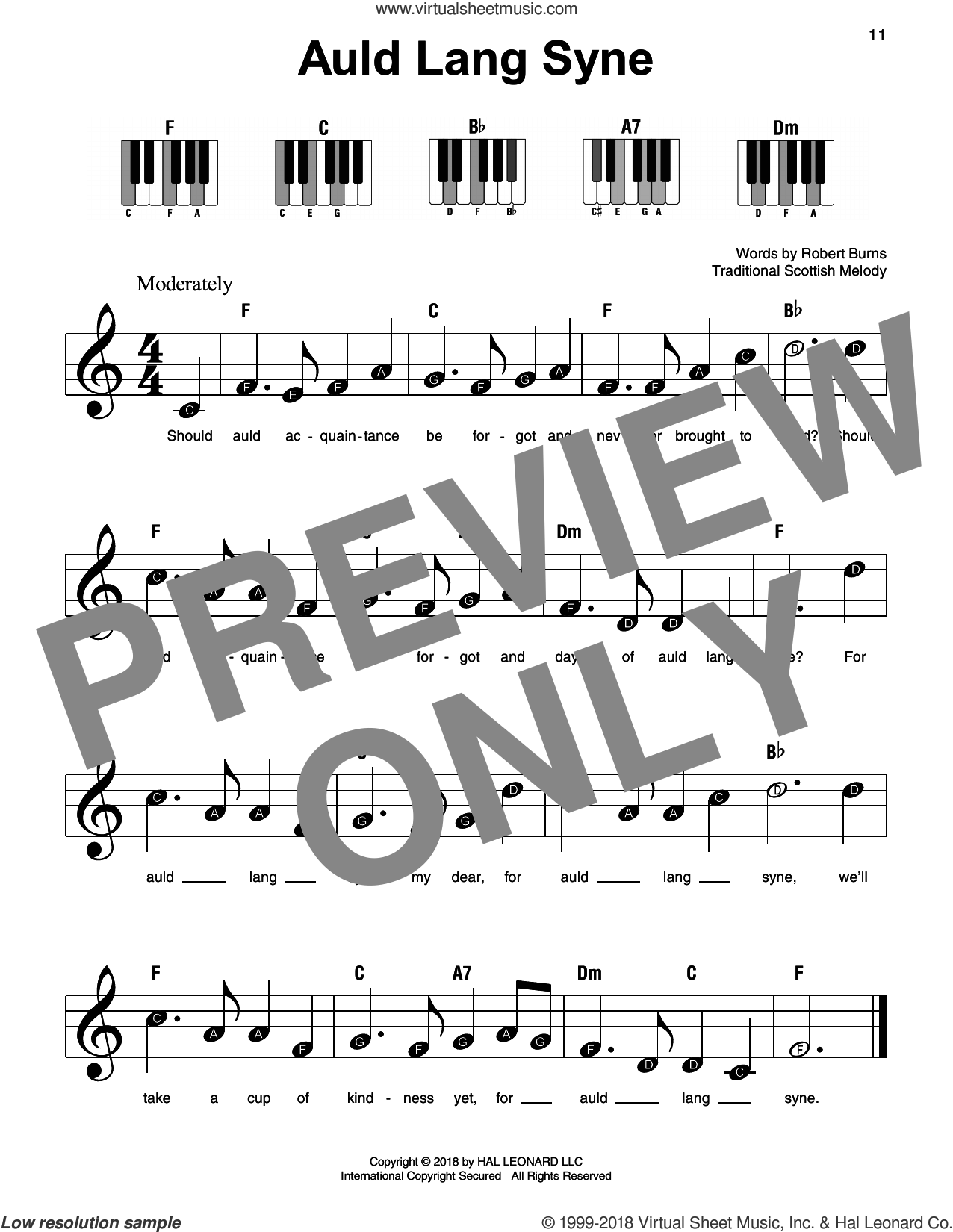 Auld Lang Syne sheet music for piano solo by Traditional Scottish Melody and Robert Burns, beginner skill level