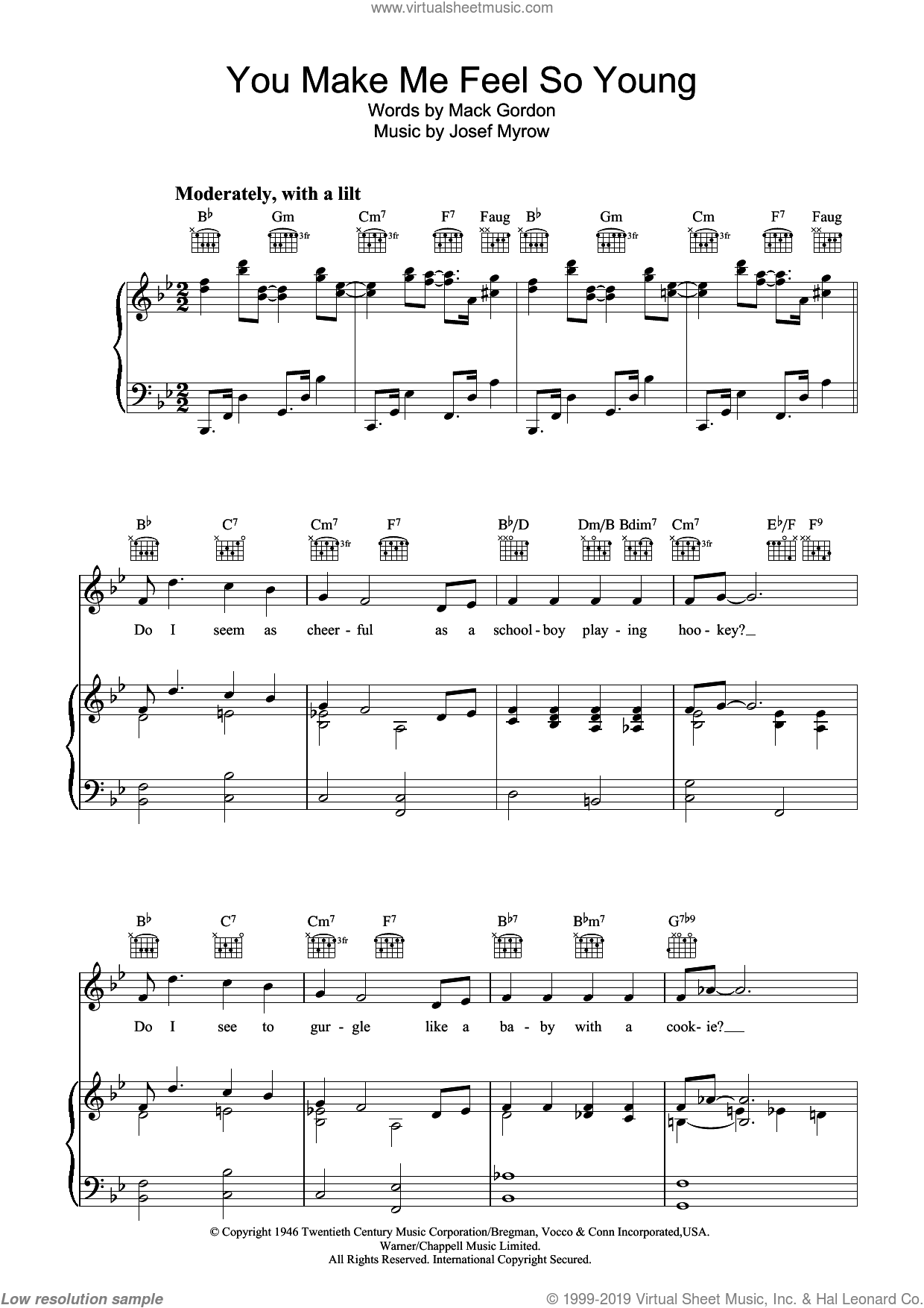 You Make Me Feel So Young sheet music for voice, piano or guitar by Frank Sinatra, Josef Myrow and Mack Gordon, intermediate voice, piano or guitar. Score Image Preview.