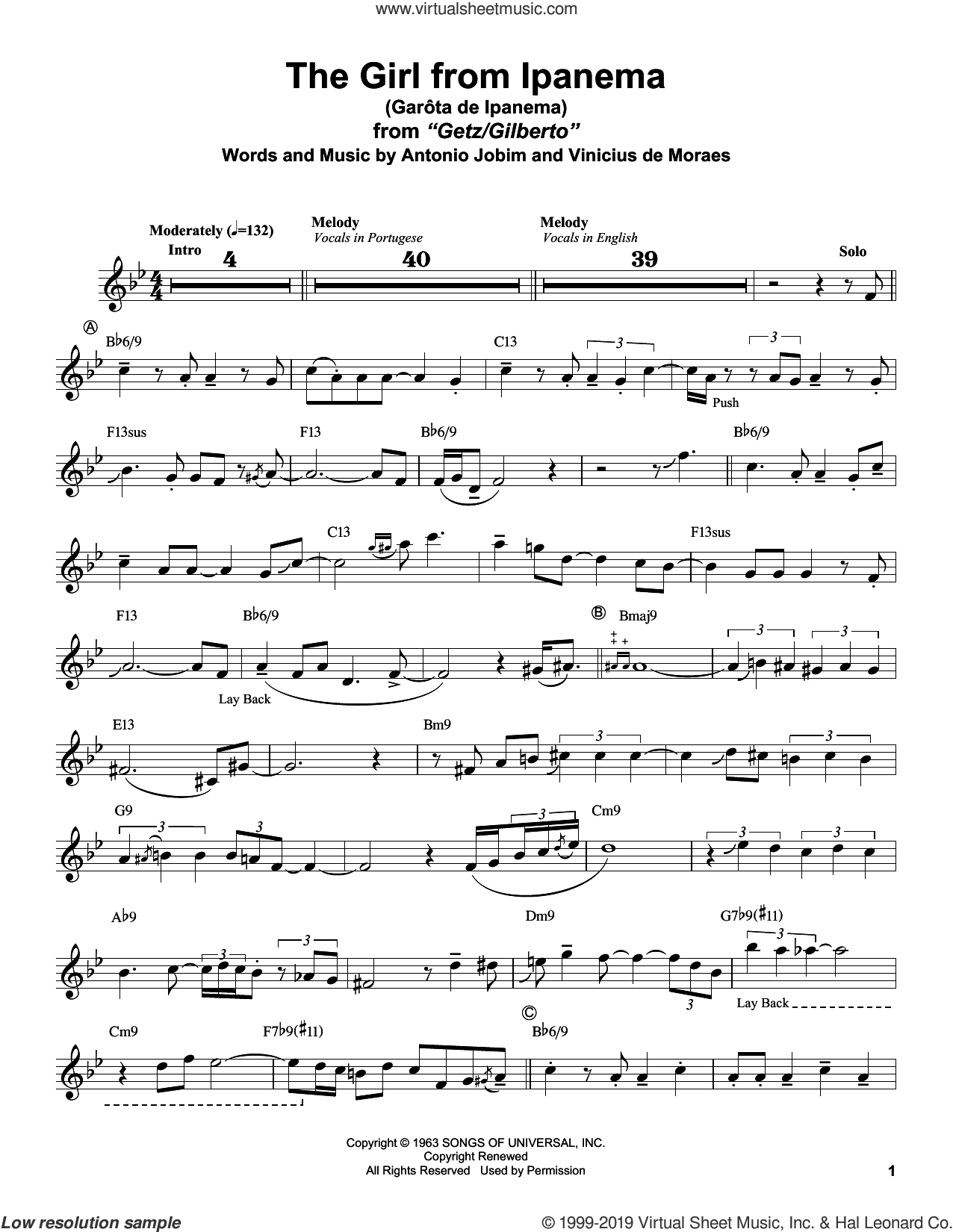 Garota De Ipanema sheet music for alto saxophone (transcription) by Stan Getz, Antonio Jobim and Vinicius de Moraes, intermediate skill level