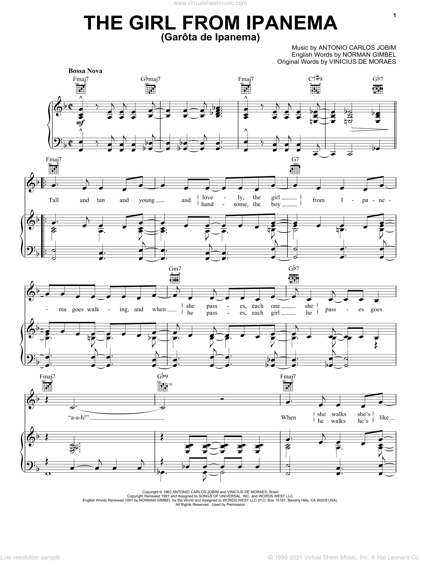 The Girl From Ipanema (Garota De Ipanema) sheet music for voice, piano or guitar by Frank Sinatra, John Pizzarelli, Antonio Carlos Jobim, Norman Gimbel and Vinicius de Moraes, intermediate skill level